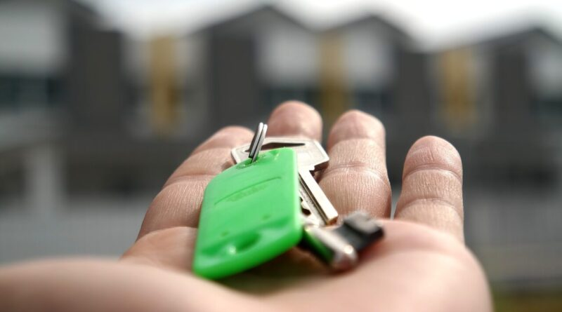 Homeowners Considering Re-Financing